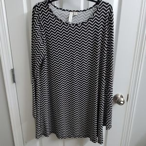 Tacera Dress Chevron Print - sz XL